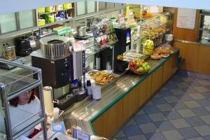Cafeteria August-Bebel-Straße 12
